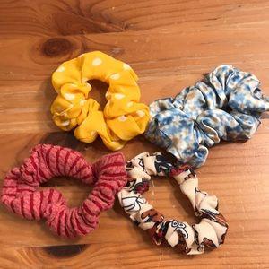 Assorted scrunchies!